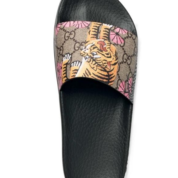 5dd883c70bdc58 Gucci Shoes - Gucci Pursuit Bengal Slide Sandals 💯 authentic 🌸